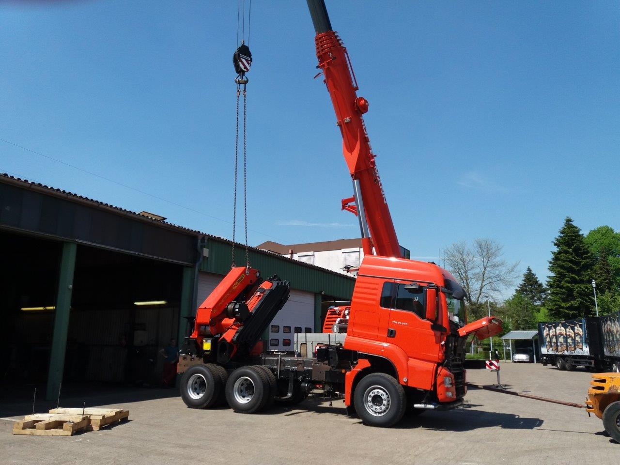 vehicle construction - crane design - loading crane construction