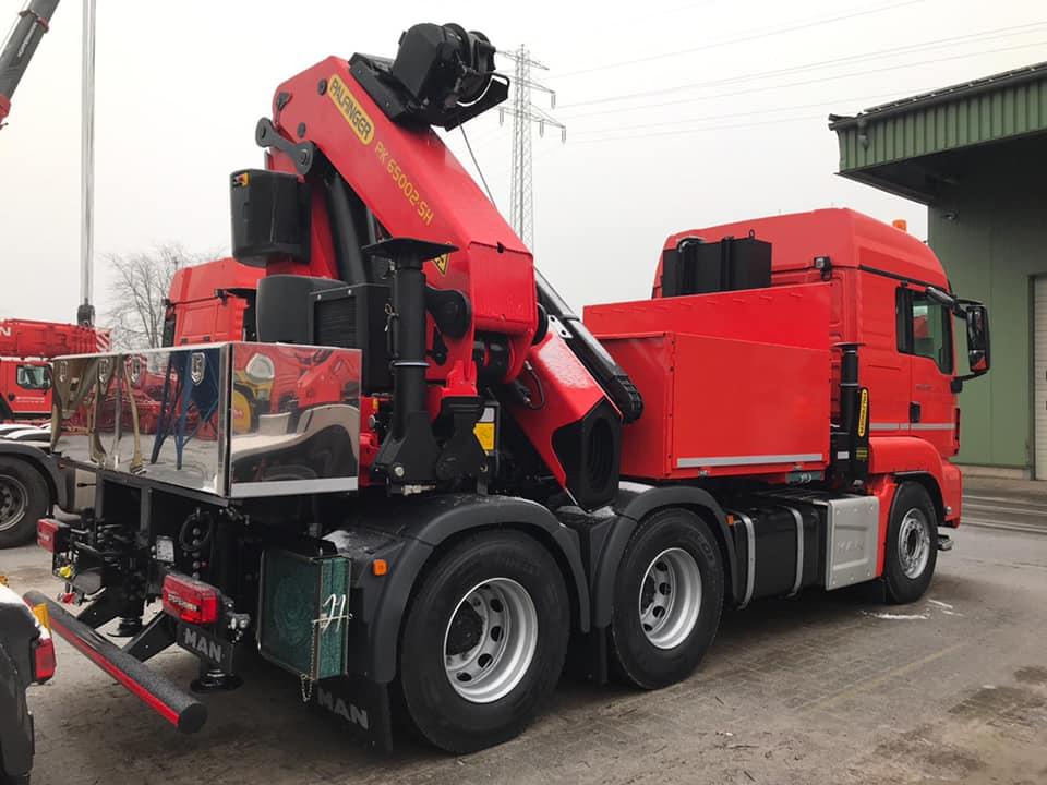 Fahrzeugbau - Ladekran Aufbauten - Sonderfahrzeugbau velsycon